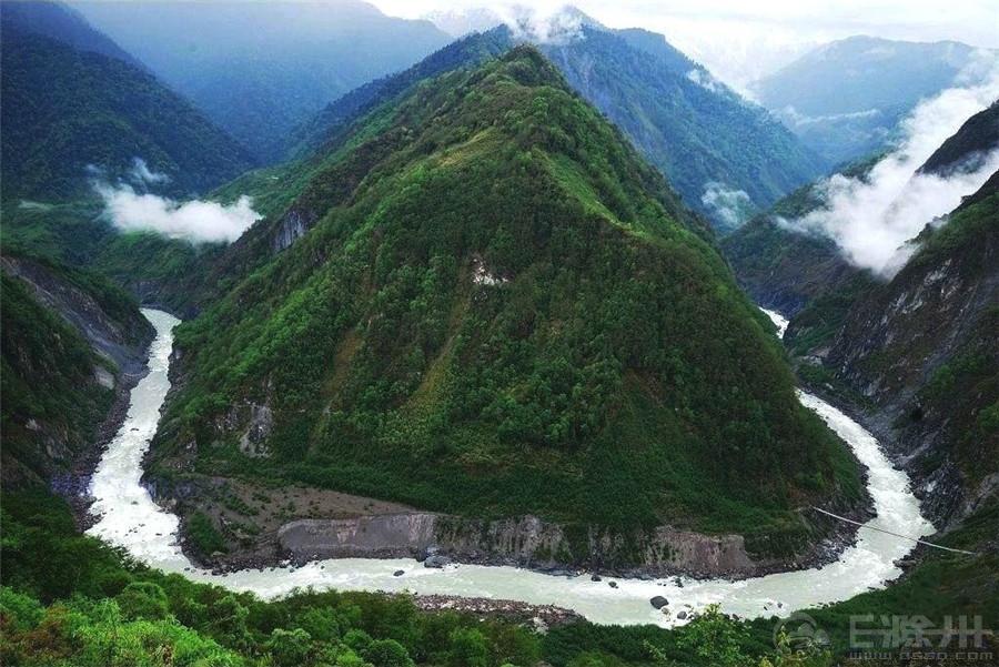雅鲁藏布大峡谷.jpg