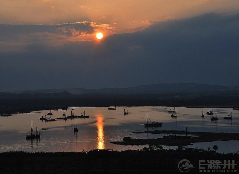 女山湖风光.jpg