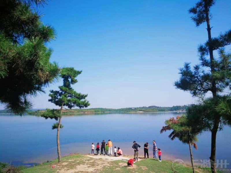 栖凤湖3.jpg
