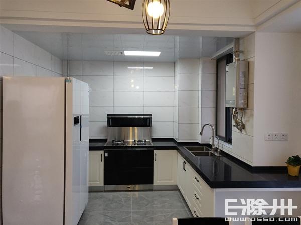 厨房1.jpg