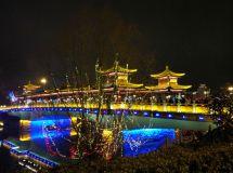 发点全椒太平桥的夜景给E友们看看!灯光还是很绚丽的